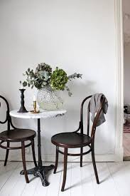 Indoor Bistro Table And Chair Set Best 25 Cafe Tables Ideas On Pinterest Restaurant Tables Cafe
