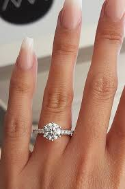circle engagement rings best 25 engagement rings ideas on