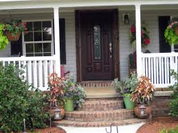 Winter Home Decorating Ideas by Small Front Porch Decorating Ideas For Winter Home Design Ideas