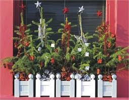 Window Box Decorations For Christmas Outdoor by Window Boxes For Christmas Christmas Decorating U2013 Outdoors