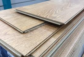 laminate vs vinyl 4 awesome facts you need to before
