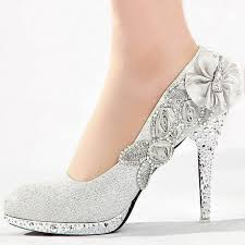 wedding shoes tips tips to choose the right pair of silver wedding shoes interclodesigns