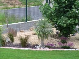 jardin paysager avec piscine cuisine amenagement paysager photos clemmel idee amenagement