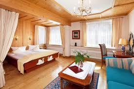 Schlafzimmer Einrichten Wie Im Hotel Exquisite Doppelzimmer Mit Motiv Im Hotel Hirsch