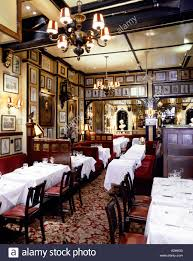 Family Restaurants In Covent Garden The Interior Of Rules Restaurant In Covent Garden London Stock