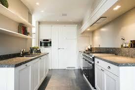 comment aménager une cuisine en longueur galerie et amenager une