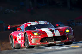 dodge viper race car fantastic finish bitter ending srt motorsports dodge viper gts