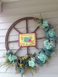 Easter Decorations For Wreaths creative easter outdoor decoration ideas hative