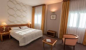 chambre familiale chambre familiale très spacieuse de 29 m2 calme et confortable