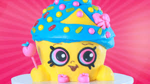 today i made a shopkins cupcake queen cake let me know down below