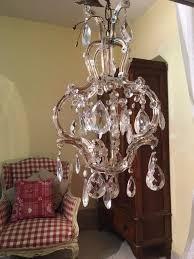 Hampton Bay Maria Theresa Chandelier Best 25 Maria Theresa Ideas On Pinterest Chandeliers Crystal