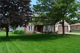 720 n wintergarden rd bowling green oh 43402 realtor com