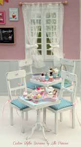 Dollhouse Dining Room Furniture by 168 Best Dollhouse Chairs Sofa U0027s Images On Pinterest Miniature