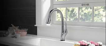 esque kitchen collection delta faucet
