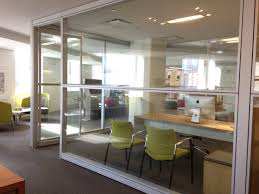 teknion altos glass walls with horizontal division sitara guest