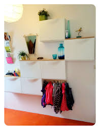hallway storage place for purse and keys kids bags and gloves