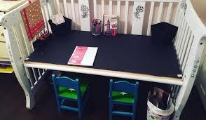 bureau pour bébé 20 idées pour transformer le lit de bébé de votre enfant quand il