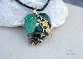 green heart necklace images Dragon 39 s heart pendant by ianirasartifacts jpg