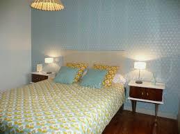 4 murs papier peint chambre enchanteur papier peint capitonn 4 murs avec papier peindre murs