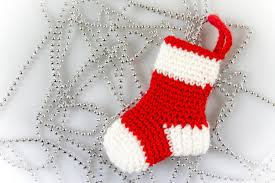 crochet pattern jolly textures christmas stockings from