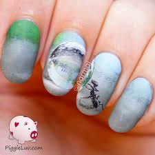piggieluv freehand ant with water drop nail art