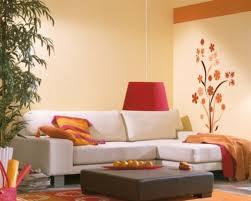 Wohnzimmer Ideen Decke Farben Wohnzimmer Orange Wände Decke Graue Möbel Metall
