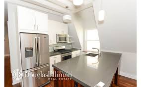 brooklyn apartments for rent in crown heights at 1372 dean street