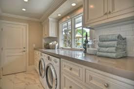 waschmaschine in küche 26 zeitgenössische wäschereiräume