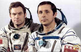 spaceflight mission report soyuz t 4
