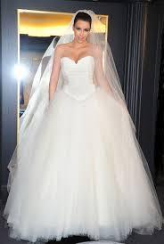 essayage robe de mariã e zoom sur les robes de mariée de closer