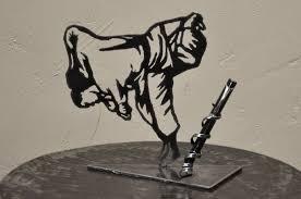 porte stylo judokas en métal gris réf judo 1 accessoires de