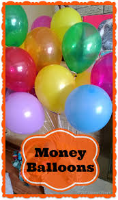 balloons gift money balloons another gift wrapping idea robyns world