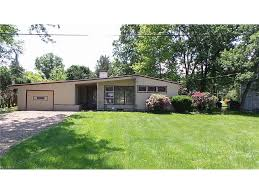 2440 sand run pkwy fairlawn oh 44333 estimate and home details