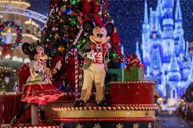celebrate the holidays at disney world in 2017