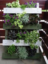 Vertical Garden For Balcony - 25 magnificent gardens you can have on your balcony architecture