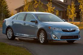 pictures of 2014 toyota camry 2014 toyota camry hybrid overview cars com