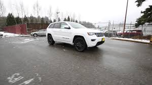 jeep altitude 2017 2017 jeep grand cherokee altitude bright white clearcoat