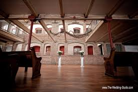 rustic wedding venues illinois if you are looking for a rustic wedding venue location with wood