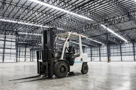 electric vs gas forklift which is more efficient