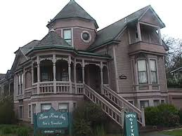 queen anne style home i love this house the dimensions architectural accents only