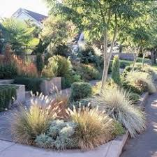 California Landscaping Ideas Love Sitting On The Wall Along The Beach Capitola Ca N