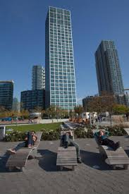 boro s rental market is hot hot hot ny daily news apartments are renting for upwards of 2 500 per month in long island city where the