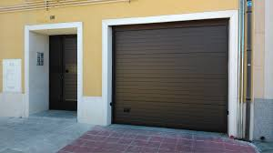 puertas de cocheras automaticas puerta autom磧tica de garaje comunidad de vecinos en torrej祿n de la