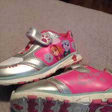 paw patrol light up sneakers find more paw patrol light up shoes 10 1 2 for sale at up to 90 off