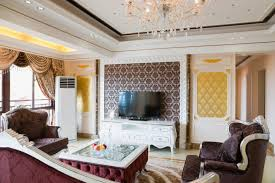wallpaper for walls cost how much does a family room cost