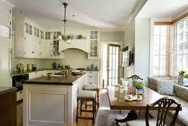 Lori Gilder - Colonial home interior design