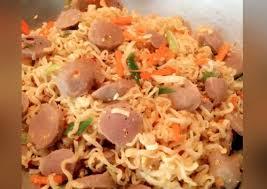 membuat mie dari wortel mie goreng plus wortel dan bakso