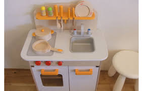 hape kitchen set mada privat