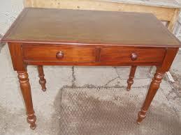 Schreibtisch Bis 100 Euro Kleiner Englischer Mahagoni Schreibtisch Mit Schubladen 19