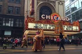 chicago thanksgiving parade goes on despite threat of